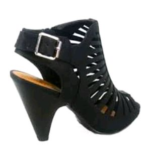 Hot Tomatoes Black Suede sexy Strappy Sandals